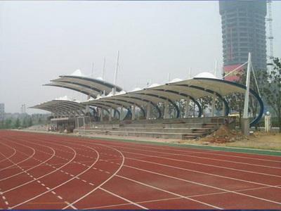 中学操场体育看台膜结构安装
