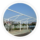 门球场膜结构本身具有良好的透光率,建筑空间白天可以得到自然的漫散射日光,可以节约大量用于照明的费用。